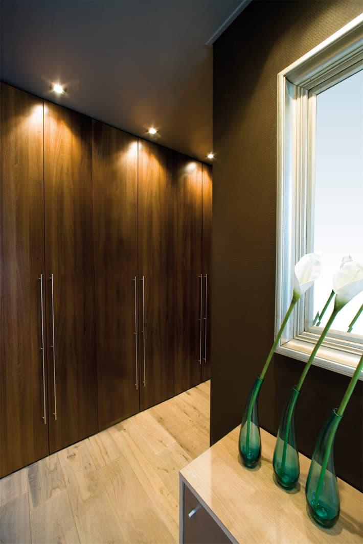 inbouwkasten op maat de graaf bv. Black Bedroom Furniture Sets. Home Design Ideas