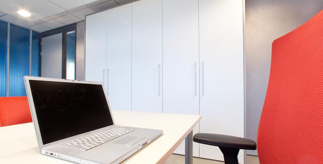 Kantoorkasten op maat - kantoorinrichting : De Graaf BV